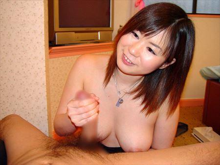美少女が男を見つめながら手コキしてる画像でオナろうぜ![39枚] | エロコスプレ画像堂 | エロ画像,美少女,疑似ロリ,手コキ