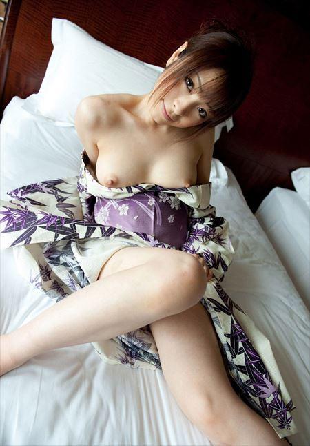 可愛い人妻が着物・和服でエロい顔してる画像祭はココです[32枚] | 日刊:熟女と人妻エロス | エロ画像,浴衣,和装着物