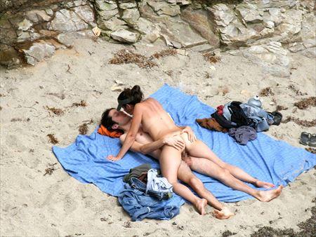 外人美女が砂浜で淫乱になった画像を今晩のオカズにww[31枚] | エロコスプレ画像堂 | エロ画像,外国人,野外露出,素人
