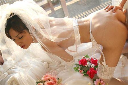 お姉さんがウェディングドレスでオトナの悪戯してくれるハメ撮り画像祭はココです[27枚] | エロコスプレ画像堂 | エロ画像,ウェディングドレス,コスプレ,ハメ撮り