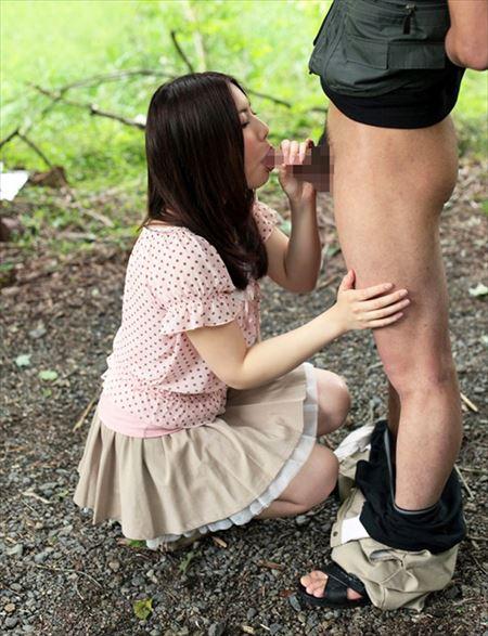 エロいカラダした美人さんが青姦を楽しんでる画像って必ず抜けるよね[30枚] | ギャルル | エロ画像,野外プレイ,青姦