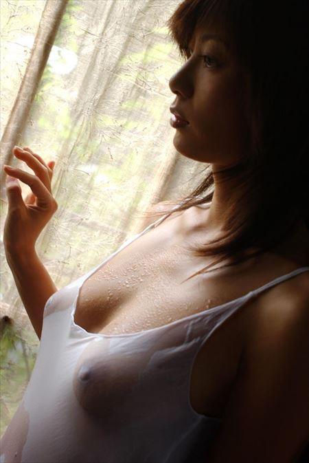 服が濡れたギャルが乳首ぽっちしてる画像を今晩のオカズにww[30枚] | ギャルル | エロ画像,乳首,チラリズム,ノーブラ,着エロ,濡れ着衣