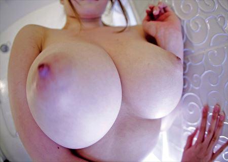 Fカップ巨乳のお姉さんがエロい事してる画像をうp[32枚] | ギャルル | エロ画像,おっぱい,巨乳