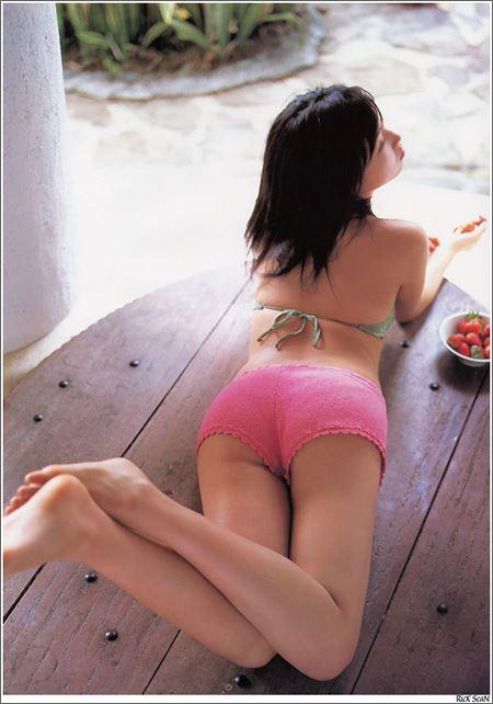 女の子がショーパン&ホットパンツでお尻を突き出してる画像で、まったりシコシコ[38枚] | おっぱい画像とエロメガネ | エロ画像,お尻,デカ尻,ホットパンツ・ショートパンツ,脚フェチ,太もも