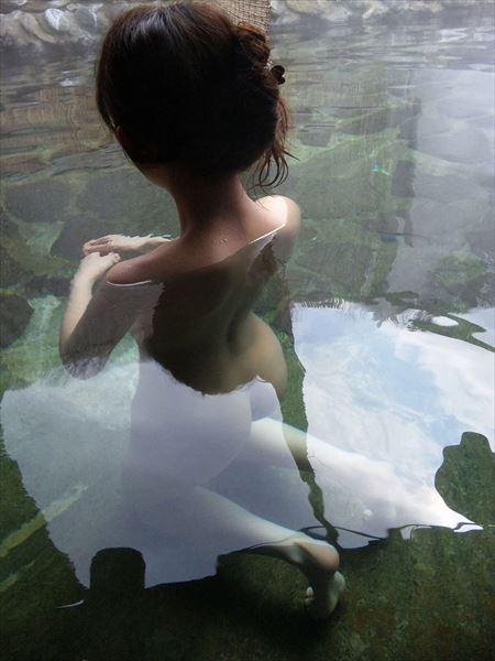 お姉さんが温泉で淫乱になった画像を眺めようジャマイカ[42枚] | ギャルル | エロ画像,野外露出