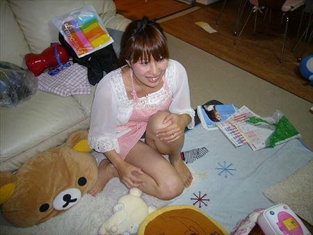 23歳くらいのよくいる普通の人妻がエロい体で誘惑してくる画像で抜いてみた[15枚] | Tバック好きのお尻フェチ画像ブログ | エロ画像,20代,素人,主婦人妻,エロ撮影