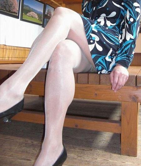 おばさん体型の奥さんが尻アピールしてくる画像がアツい![23枚] | 日刊:熟女と人妻エロス | エロ画像,お尻,デカ尻,おばさん体型,熟女,主婦人妻