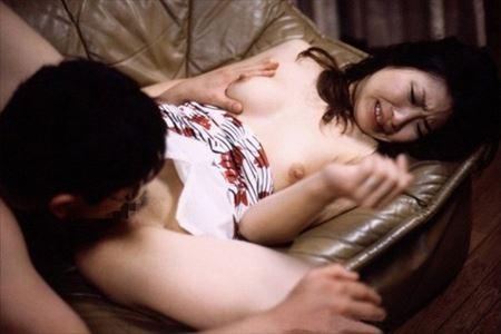 エッチ好きそうな人妻嫁がクリトリス舐められてイキそうになってる画像見ようぜ[25枚] | おっぱい画像とエロメガネ | エロ画像,主婦人妻,愛撫,クンニリングス,クリトリス