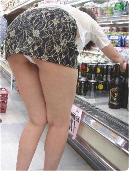 29歳アラサー奥さんが着衣でエロい尻してる画像でシコシコしましょう[12枚] | 日刊:熟女と人妻エロス | エロ画像,お尻,デカ尻,アラサー,20代,30代,主婦人妻,着衣SEX,着エロ