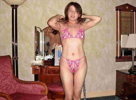 ギャルからおばさんまで、いろんな人妻が下着でエロい体で誘惑してくる画像でシコシコしましょう[25枚] | 日刊:熟女と人妻エロス | エロ画像,主婦人妻,下着,コスプレ,エロ撮影