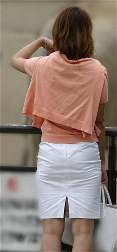 スタイル良すぎの新妻が町中で撮った隠し撮り画像集めてみた[23枚] | 日刊:熟女と人妻エロス | エロ画像,スタイル抜群,ボディライン,主婦人妻,野外露出,素人,エロ撮影,盗撮,野外露出,盗撮・隠し撮り