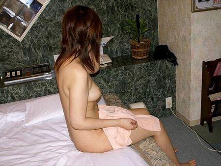 20代新妻がラブホでめっちゃエロくなってる画像で抜いてみた[15枚] | おっぱい画像とエロメガネ | エロ画像,20代,主婦人妻,ラブホ・ホテル,素人
